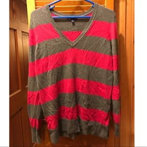 Gap pink and gray sweater